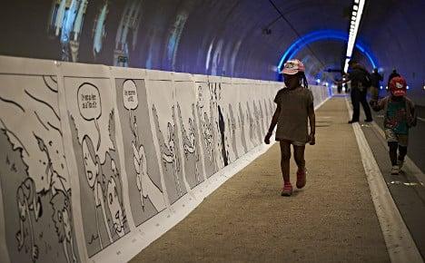 Lyon creates the world's longest comic strip