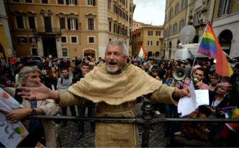 Italian right seeks referendum to overturn gay unions law