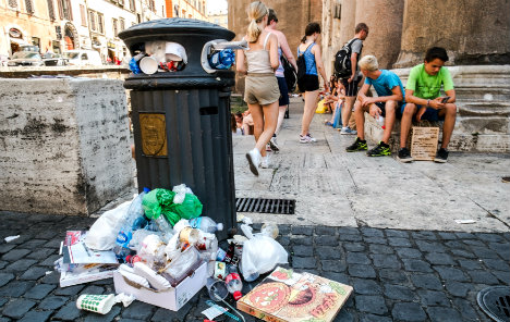 Rome risks rubbish pile-up as binmen strike