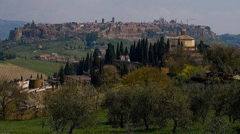 Panic as three earthquakes strike Umbria