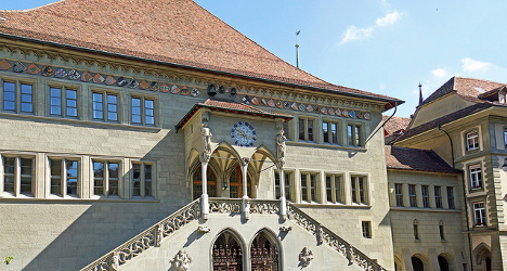 Bern renews funding for controversial arts centre