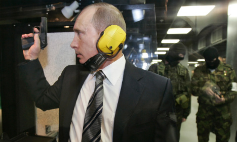 Spain hunts Russian officials close to Putin in mafia probe