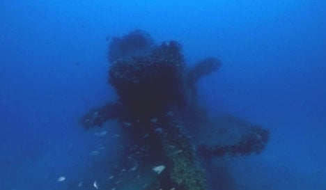 Italy finds 'body-filled' wreck of WWII submarine