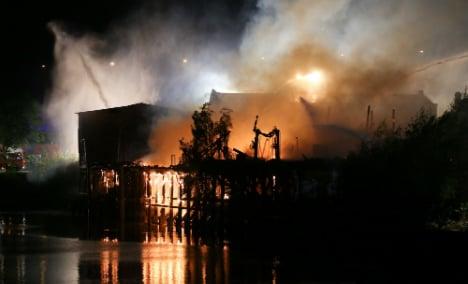 Giant fire casts pall over Hamburg city festival