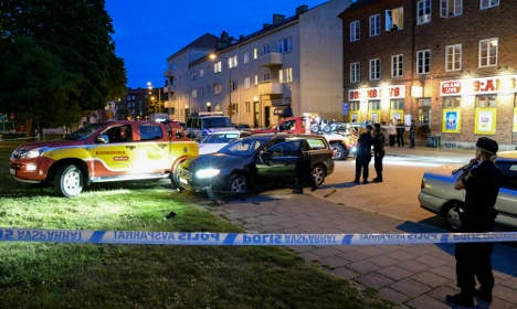 Man arrested in Malmö after armed attack on car