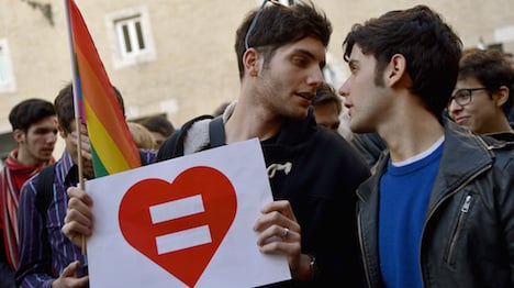 Italy says 'yes' to gay civil unions in historic vote