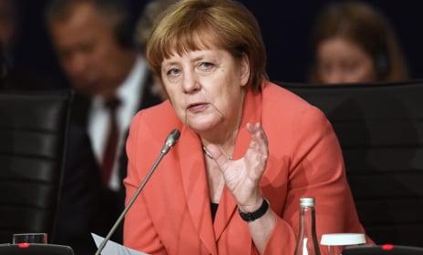 Merkel hails Franco-German relations after Verdun invite