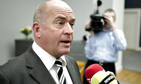 Danish MP cleared for 'bomb civilians' remark
