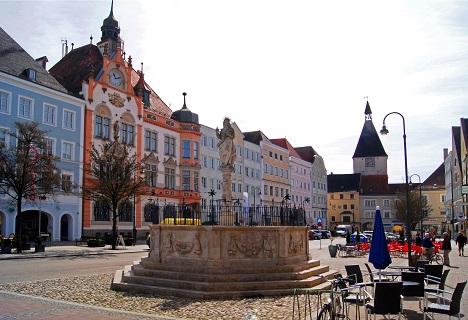 Murder-suicide in Braunau am Inn, birthplace of Hitler