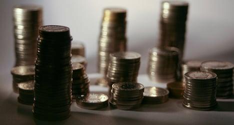 Swiss economy must save billions, warns minister