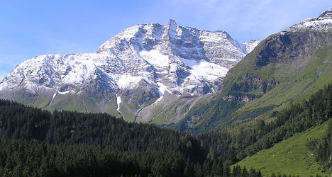 Austrian climber survives 800 metre mountain fall