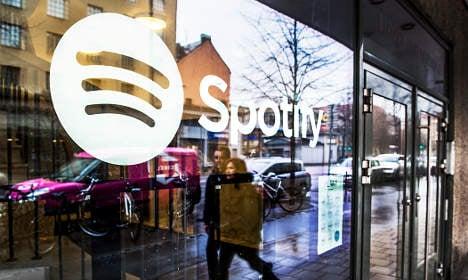 Spotify gains listeners but it's still bleeding cash
