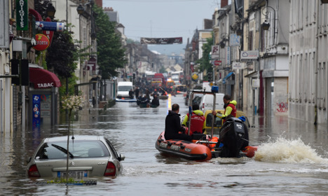 Concern grows in France as deadly flood waters rise