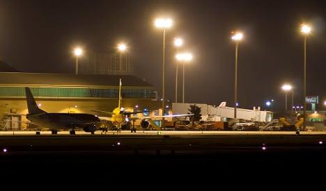 Man kills girlfriend at Seville airport over missed flight