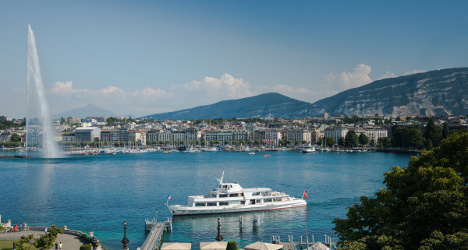 Geneva gives thumbs up to lake crossing