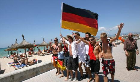 German tourists on Mallorca caught stealing beach towels
