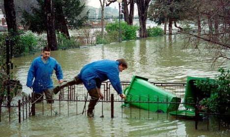 French floods: Clean-up begins as bill could hit €2bn