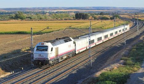 Spanish teen killed crossing train tracks while texting