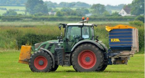 Drunken Austrian thief attempts getaway on tractor