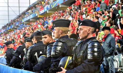 French police make over 1,000 arrests during Euro 2016