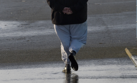 Woman who refused ID to cop in sweatpants fined €8,500