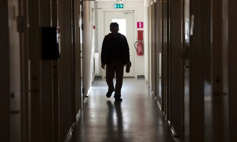 Thousands of asylum seekers lose assistance from Sweden