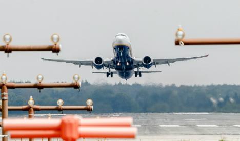 Prosecutors raid Ryanair staff rooms at 6 German airports