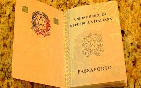 Italian civil servants arrested over illegal passport ring
