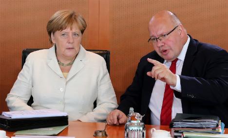 Merkel chief of staff: refugees don't pose higher terror risk