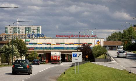 Man injured in shooting at Malmö shopping mall