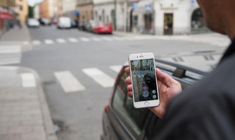 Stockholm Pokémon hunter impaled on metal fence spike