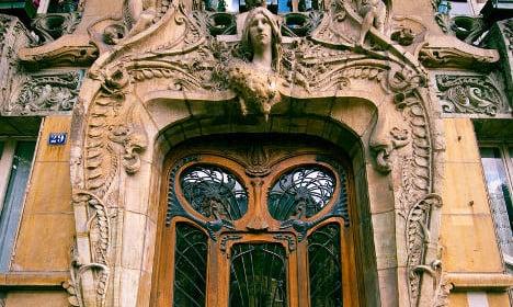 Ten of the most beautiful doors in Paris to walk through