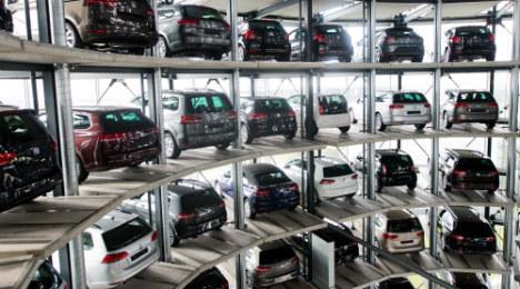 VW, Daimler raided as part of antitrust investigation
