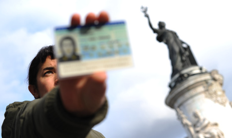 British expats 'should be given French nationality'