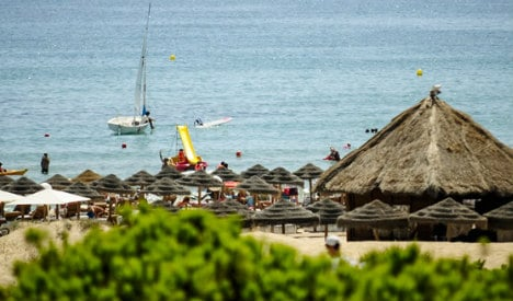 Beach closed after shark attack in southern Spain