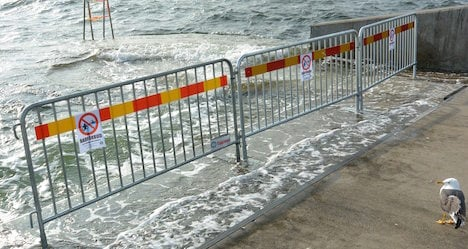Stay out, the water's filthy! Germs ruin Swedes' swims