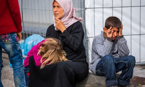 Rostock halts asylum home plans over far-right fears