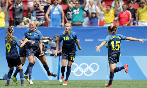 Swedish 'cowards' beat USA to reach semi-final
