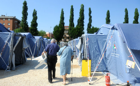 Italy quake: homeless to leave tent camps next month