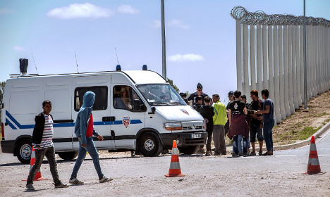Sudanese migrant killed in Calais clashes