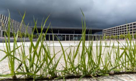 Berlin airport employee admits taking €150,000 bribe