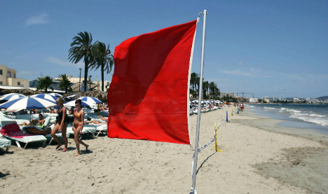 British dad drowns saving daughter on red flagged beach