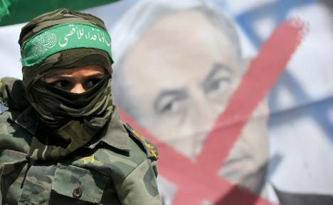 Berlin bids to calm storm over report on Turkey Islamist ties