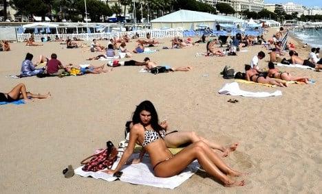 French mayor bans the burqini on Riviera beach