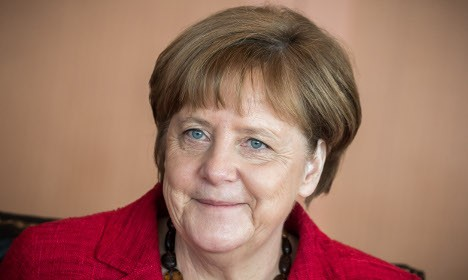 Merkel offers Russia a lifting of sanctions – if it behaves