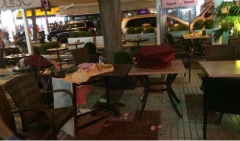 Flashmob prank sparks 'terror attack' panic in Spanish resort