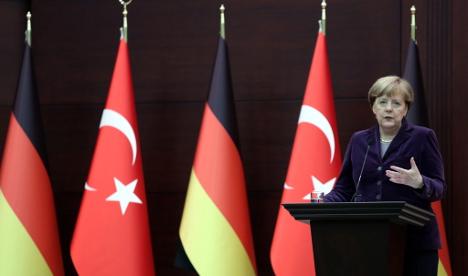 Merkel calls for 'loyalty' from Turkish-Germans