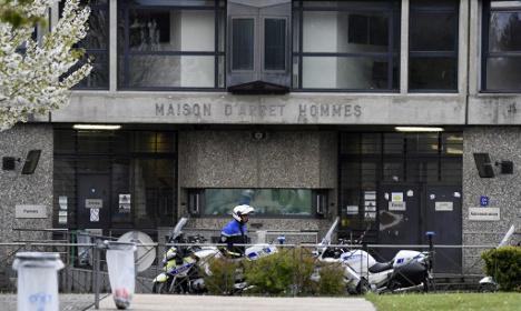 Paris prison 'dismantles suspected radical network'