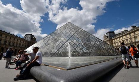Paris tourism has lost €750 million since terror attacks