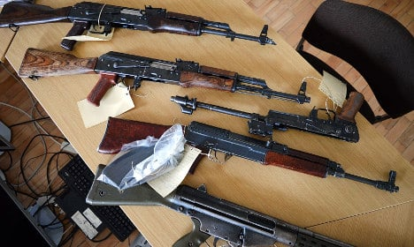 Thuringia teen found with stash of rifles, pistols, bullets